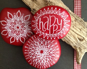 "Hand-painted mandala stones ""Happy"" in the three-set"
