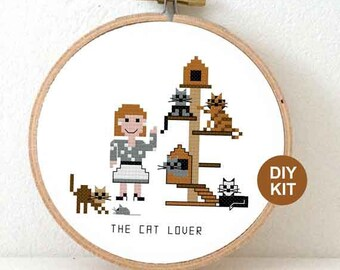 DIY cat lover gift. Cat cross stitch kit. Christmas gift hostess. Cross stitch kit for beginners