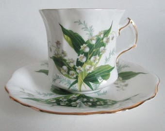 Hammersley Tea Cup & Saucer Lily of the Valley Fancy Shape Gold Gilt Porcelain Bone China
