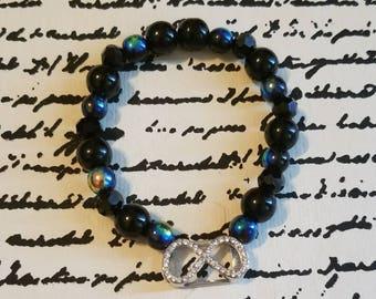 Intfity stretch cord bracelet