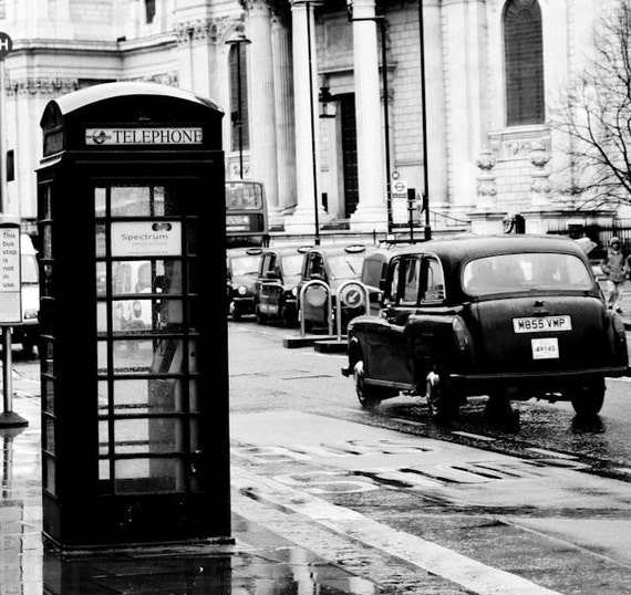 London photography on the streets of londonengland black