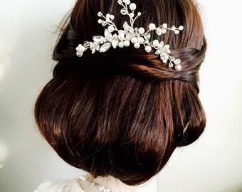 Silver Bridal Hair Pin, Pearl Hair Accessory, Wedding Hair Accessories, Crystal Hair Pin, Pearl Hair Comb, rhinestone Hair Piece, Statement