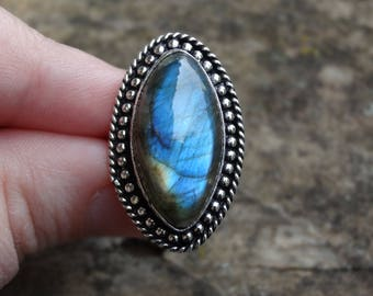 Gorgeous Rainbow Fiery LABRADORITE Sterling silver Ring Size 8.5 - Sterling Silver Ring - Gemstone Ring - Ring size 8 9 Boho chic