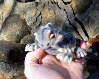 Needle Felted Horned Lizard -- Horny Toad Figurine -- Handmade Toy -- Lizard Soft Sculpture