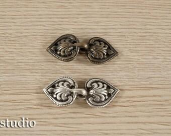 Lagertha Lothbrok tunic clasps