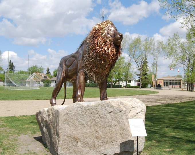 Made to Order Outdoor Large Customized Life-Size Direct Bronze Lion Sculpture by Jacob Novinger