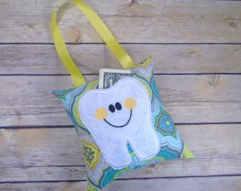 Tooth Pillow - Tooth Keeper - Tooth Fairy Pillow - Kids Pillow - Tooth Fairy Gift - Tooth Fairy - Lost Tooth - Loose Tooth