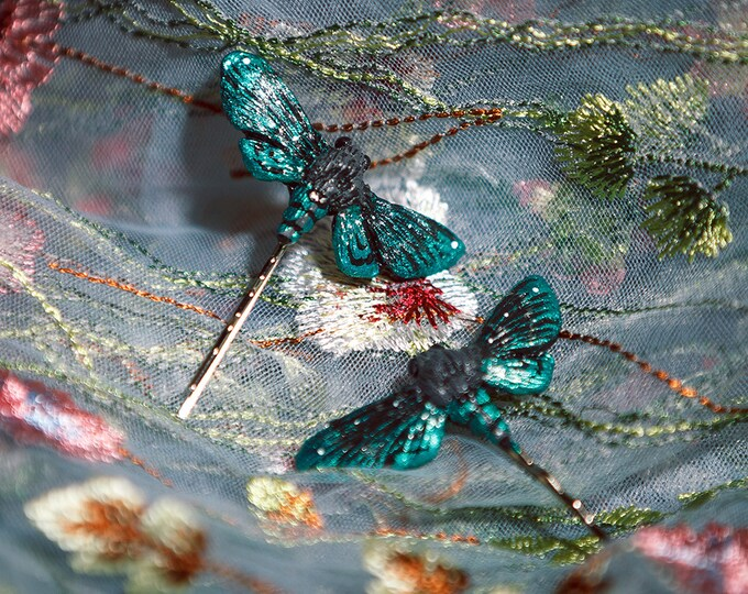 1x Moth Hair Pin-Green