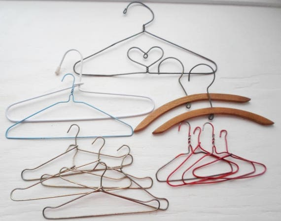 Lot Of 14 Vintage Metal Doll Hangers Wire Doll Hangers