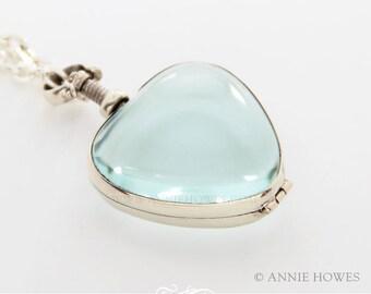Sterling Silver Antique Glass Locket Pendant. Wedding Bouquet Charm. Heart Shape. 27 x 28mm AHSSHGLP