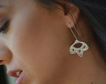 Silver filigree flower earrings, silver bridal earrings, 925 silver earrings, statement earrings, long drop flower earrings, floral earrings