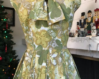 Late 50s Early 60s Dress with pleated skirt