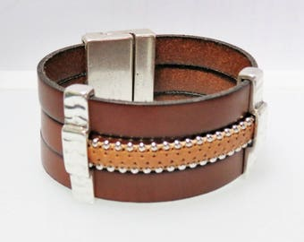Leather and metal Cuff Bracelet