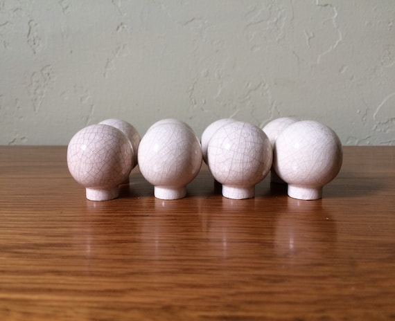 Ceramic Drawer Knobs Crackle Finish Lot Of 8, Crackled Drawer Pulls,  Dresser Knobs, Cream Cabinet Knobs, Shabby Chic Hardware, Globe From  TheFrabjousDay On ...