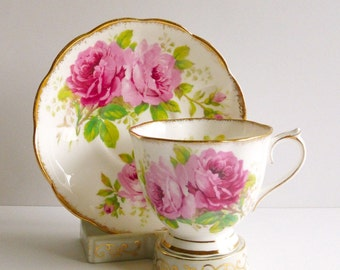 Vintage Royal Albert 'American Beauty' Teacup & Saucer, Bone China, England. Pink Rose Teacup, Vintage Tea Party, Vintage Gift, Vintage Prop