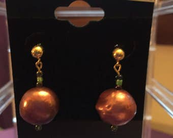 pink freshwater pearl gold palted earrings