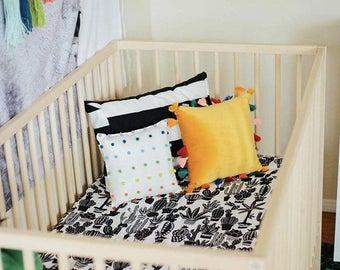 Cactus Crib Sheet -Black White Bedding - Neutral Crib Sheets - Changing Pad Cover - Mini Crib Sheet - Fitted Baby Sheet -Modern Baby Bedding