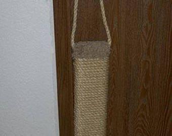 Hanging Scratcher