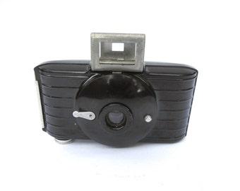 Kodak Bullet Camera, Vintage Kodak Eastman Bakelite Camera, 1930s Collectable Camera, Vintage Photography, Film Camera