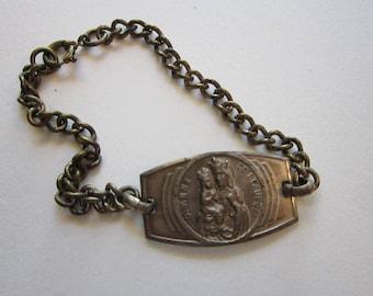 vintage St. Anne de Beaupre religious bracelet - Saint Anne bracelet