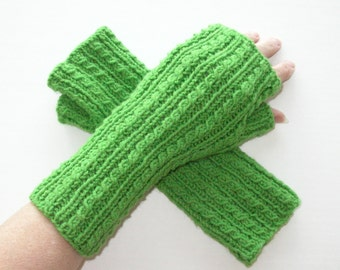Green Knit Fingerless Gloves / Knit Green Cable Gloves / Spring Green Texting Gloves / Green Armwarmers