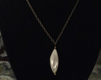 "30"" pale iridescent shell pendant necklace"