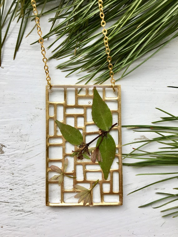 Abelia brass filigree necklace