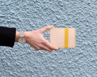 Murray Billfold Wallet, Natural Veg Tan Leather, Yellow Elastic