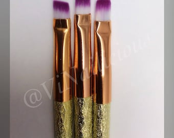 Multi Colored clean-up brush