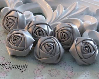 New to the Shop: Set of 6 - 25mm Adorable PETITE Rolled Satin Rose Satin Rosettes Fabric flowers - Silver Grey