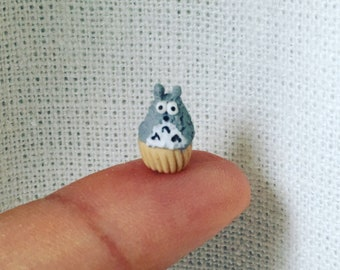 Miniature Dollhouse Totoro and Friends Cupcake in 1:12 scale one inch bjd doll food prop