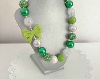 St. Patrick's day necklace - Girls Chunky necklace - green necklace