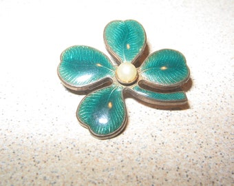Nice Enamel 4 Leaf Clover Good Luck Pin Brooch Vintage Costume Jewelry #5650
