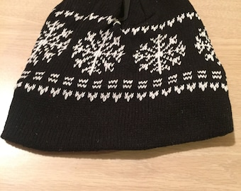 Black and white snowflake hat fleece lined ***FREE EMBROIDERY PERSONALIZATION of name or business name *black friday special of the week