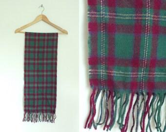 tartan scarf, wool scarf, green burgundy red, 70s scarf, 1970s scarf, plaid scarf, fringe scarf, fall scarf, winter scarf