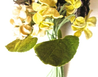 Fabric Flowers Bunch Vintage 1940s Yellow Pin Corsage