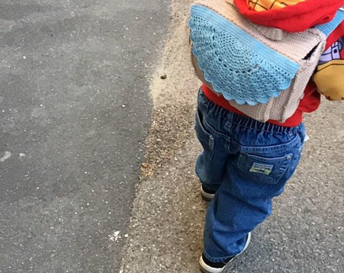 Satchel crochet throughout