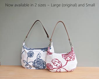 Zipper Crossbody Hobo Bag in Red or Navy Scribble Flowers, Floral Slouch Purse, Leather Strap, Modern Womens Shoulder Bag, Zipper Hobo Purse