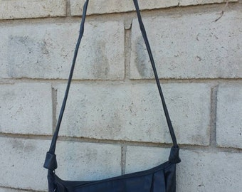 Black Pleated Leather Shoulder Bag by TONI