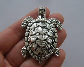 1 Turtle pendant antique silver tone FF192