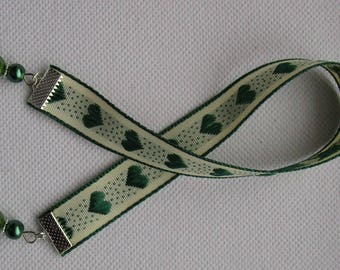 Green heart ribbon bookmark with Czech crystals and glass pearls. Ribbon page marker.