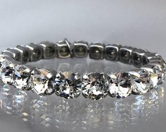 Clear crystal stretch bracelet