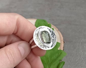 Moss Aquamarine and Hammered Sterling Silver Statement Ring - Size 7 Handmade Ring - Sterling Silver Circle Ring with Aquamarine Gemstone
