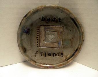 "small handmade dish, ""Best Friends"" and heart motif"