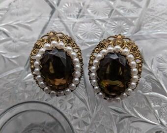 Root Beer & Pearl Clip On Earrings