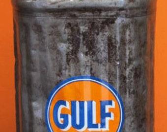 1951 Gulf oil can