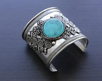 Wide Cuff bracelet, Tribal Kuchi Afghan Cuff Bracelet Vintage Afghan Boho Bohemian Gypsy Hippy Belly Dance Cuff Bracelet