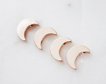 4 Rose gold   Crescent Moon Pendant 16 K Rose Gold Plated Brass Pendant RGC - 8 / 4pcs