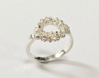 LOUNN Lichen Circle Ring