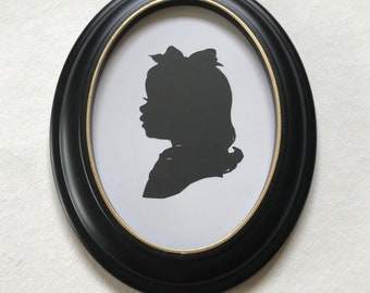 """Black Oval Picture Frame with Hand Painted GOLD Leaf Lip, 5x7"""" Real Wood"""